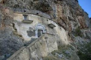 Ιερά Μονή Παναγίας Ελεούσας Βλαχέρνας (Καταφυγιώτισσας)- Μαντίνειας