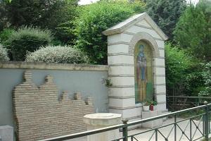 Το Πηγάδι της Αγίας Φιλοθέης - Αθήνα