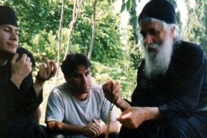 Η πίστη στην Ανάσταση και η χριστιανική αγωγή των ορθοδόξων νέων