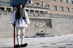 Η φουστανέλα της Βασιλικής φρουράς, αιτία διαμάχης με τους Βαυαρούς