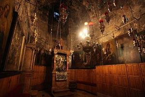 Αγιο Ορος: Η Παναγία Θεοτόκος θύμιαζε στη Μεγίστη Λαύρα