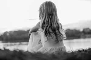 Παιδιά δίνονταν σε παιδόφιλους ανάδοχους γονείς επί 30 χρόνια - Τι ήταν το «πείραμα Κέντλερ»