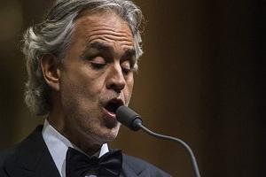 Μποτσέλι: «Να αρνηθούμε να ακολουθήσουμε τους κανόνες για τον κορονοϊό»