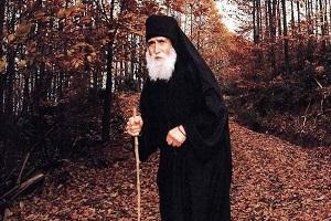 Αγίου Παΐσιου Αγιορείτου - Η στενοχώρια αφοπλίζει τον άνθρωπο