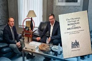 Η Πρίστινα έστειλε νότα διαμαρτυρίας για το βιβλίο με τον Χριστιανισμό στο Κοσσυφοπέδιο