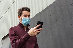 Eπίτροπος Reynders: Λόγω κορωνοϊού έγινε μαζική συλλογή των μεταδεδομένων από τα τηλέφωνα των ευρωπαίων πολιτών