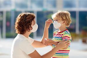Mατσάκης Μάριος (ιατροδικαστής): «Είναι αδιανόητο να φοράνε τα παιδάκια μάσκα στα σχολεία»!