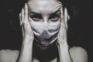 Πανδημία και κρατική καταστολή, μάσκα στα δημοκρατικά δικαιώματα; Μια νηφάλια αποτίμηση.