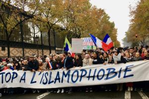 Όσιος Παίσιος: «Στὴν Γαλλία χιλιάδες ἔγιναν Μουσουλμάνοι... καί οἱ Γάλλοι δὲν θὰ βροῦν ἀνάπαυση»