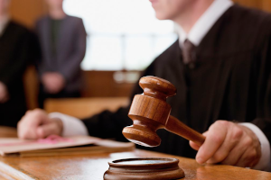 Πολωνία: Το Συνταγματικό Δικαστήριο απαγορεύει την έκτρωση για ευγονικούς λόγους