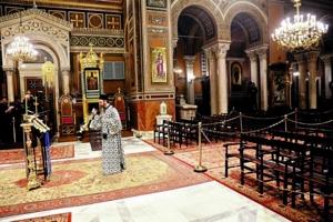 Ανοιχτές επιστολές προς τον πρωθυπουργό και τους Αρχιερείς για το κλείσιμο των ναών για τους πιστούς