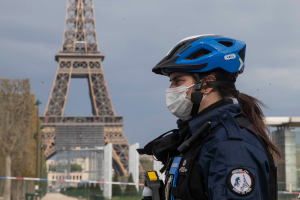Διακόσιοι Γάλλοι δικηγόροι και δικαστές κατά του εγκλεισμού (lockdown)