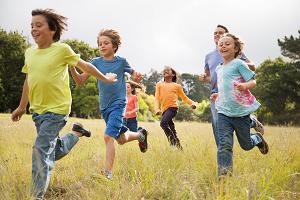 Δερμιτζάκης: Τα παιδιά να μην παίζουν με άλλα παιδιά!