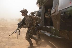 Η Γαλλία έδωσε την έγκριση προκειμένου να αναπτύξει βιονικούς στρατιώτες με εμφυτεύσιμα microchips!