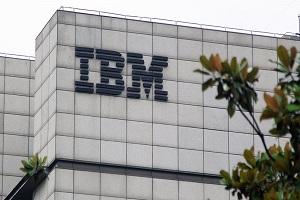 Συναγερμός από την IBM: Χάκερ προσπαθούν να παρεμβληθούν στην αλυσίδα εφοδιασμού των εμβολίων Covid