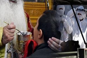 π. Στυλιανός Καρπαθίου: «Οι ιερείς δεν αφήνουν αμέτοχους τους πιστούς στα Μυστήρια! Κυριαρχεί η ιερατική συνείδηση και έχουμε δει θαυμαστά γεγονότα στην περίοδο του κορωνοϊού»