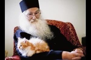 Γέρων Ιουστίνος Πίρβου: «Όσο πιο εξελιγμένη είναι η τεχνολογία των ανθρώπων τόσο πιο αποτελεσματικός είναι και ο διωγμός»