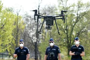Ισπανία: Με drones παρακολουθούν πιστούς που προσέρχονται για τη Θεία Λειτουργία