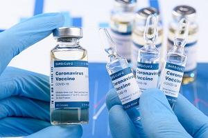 Δημήτρης Γάκης (πρ. Διοικητής Νοσοκομείου ΑΧΕΠΑ): Οι φαρμακευτικές εταιρείες όχι μόνο δεν ελέγχονται από τις κυβερνήσεις αλλά τις χειραγωγούν κιόλας...
