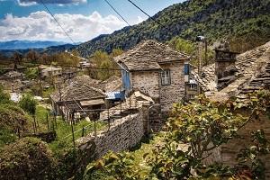 Μόρφου Νεόφυτος: Γυρίστε στην ησυχία του χωριού