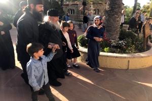 π. Στέφανος Αναγνωστόπουλος: «Ο Γέροντάς μου Εφραίμ Φιλοθεϊτης»