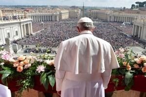 Βατικανό: Κινδυνεύουν να χάσουν τη δουλειά τους όσοι αρνηθούν το εμβόλιο