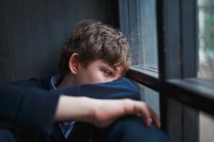 Μεγάλη αύξηση στις αυτοκτονίες παιδιών και νέων λόγω των εγκλεισμών!