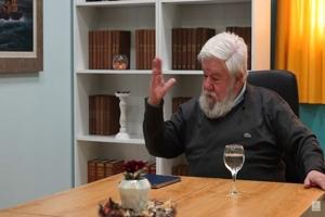 Συζήτηση με τον υπερπολύτεκνο Στρατή Παλιάκη, πατέρα 13 τέκνων και 84 εγγονιών!