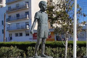 Δημητράκης Δημητριάδης: Ο δολοφονημένος απ' τους Άγγλους 7χρονος Ήρωας