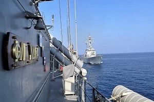 ΥΔΡΑ: Ακάθεκτη η ελληνική φρεγάτα πραγματοποίησε άσκηση PASSEX με το ναυτικό των ΗΠΑ [φωτογραφίες]