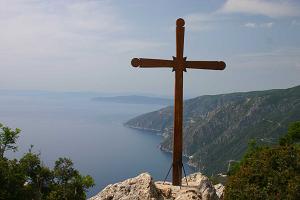 π. Γεώργιος Σχοινάς: «Αν θέλουμε να λέμε ότι είμαστε του Χριστού καλούμαστε να σηκώσουμε τον Σταυρό μας και να ρισκάρουμε»