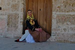 Καπλαμάς: Παραδοσιακή φορεσιά Μεγάρων