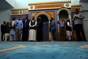 Βασίλης Πολίτης (υποναύαρχος ε.α.): Η αλήθεια για το τέμενος στην Αθήνα! Τουλάχιστον 600 τζαμιά σε όλη την Ελλάδα!