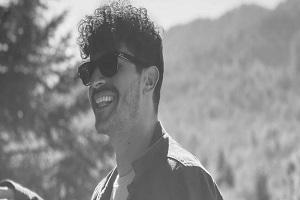 Πέθανε ο σχεδιαστής Νάσος Κάτρης μία μέρα μετά το εμβόλιο με AstraZeneca