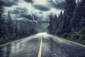 «Θα φυσήξει τέτοιος δυνατός άνεμος που θα μείνουν ελάχιστοι Χριστιανοί . Θα μείνουν μόνο εκείνοι που έχουν βαθιά πίστη στο Χριστό»