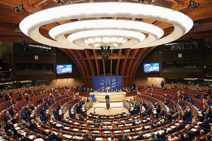 Η Ελλάδα ψήφισε στο Συμβούλιο της Ευρώπης κατά της υποχρεωτικότητας του εμβολίου και κατά των διακρίσεων λόγω αυτού! Γιατί όμως δεν το τηρεί;