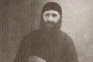 Μοναχός Μωυσής Αγιορείτης (†) - Ο όσιος Γεώργιος Καρσλίδης διαβάζει τις σκέψεις