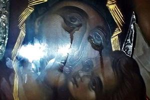 Έπαψαν να μας συγκινούν τα θαύματα; Η Παναγία στον Βύρωνα δακρύζει για μήνες και κανείς δεν μιλά ανοιχτά γι' αυτό!
