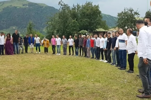 Στη σημερινή Τουρκία χορεύουν ποντιακά στους γάμους (περιοχή Yakçukur-Tonya στην Τραπεζούντα)