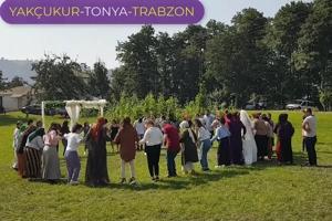 Γάμος με ποντιακούς χορούς στη σημερινή Yakçukur της Τραπεζούντας.
