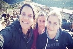 Τρεις αδελφές πτυχιούχοι κτηνοτρόφοι