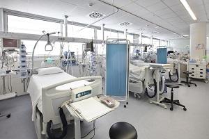 Εργαζόμενος στο Αρεταίειο: «Πρώτη φορά αναστέλλονται τα χειρουργεία στην ιστορία του νοσοκομείου»