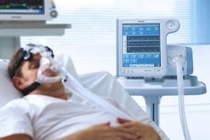 Καταρρέει το ΕΣΥ! Σε τέσσερα Νοσοκομεία της Βόρειας Ελλάδα καλούνται γιατροί άλλων ειδικοτήτων να εκπαιδευτούν στις διασωληνώσεις!