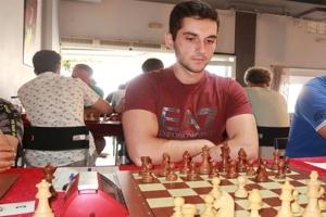Nικόλας Θεοδώρου: Αυτός είναι ο 21χρονος σκακιστής φαινόμενο που αναδείχτηκε Γκραντ Μετρ.