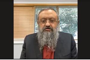 O Dr. Zelenko μιλάει στο Δικαστήριο Ραβίνων της Ιερουσαλήμ